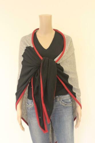 Poools grijs/zwart/rode omslagdoek/sjaal