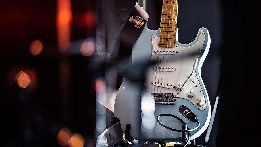 GuitarPromo5 2.jpg
