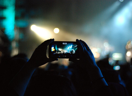 Why the mobile phone concert epidemic must stop