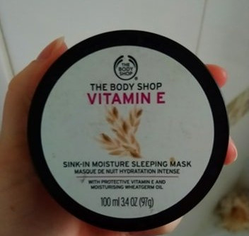 REVIEW: The Body Shop Vitamin E Sink In Moisture Sleeping Mask