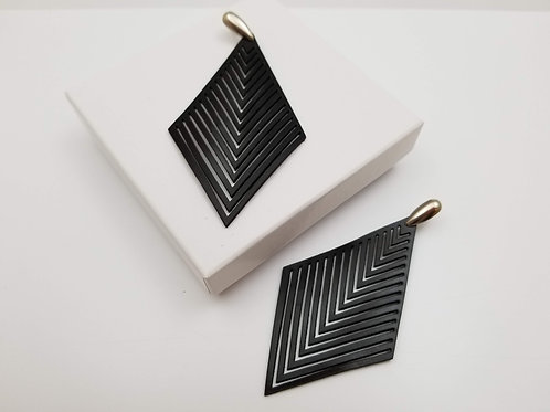 Black Leather Africa 2 earring