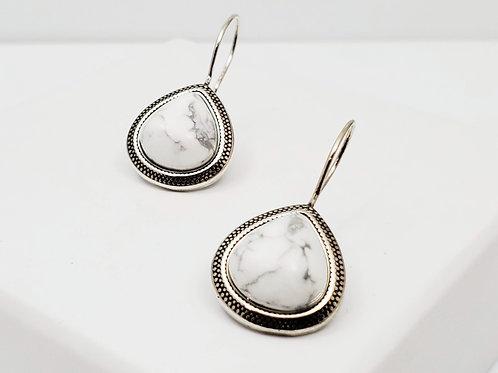Maceió White Howlite boho earring