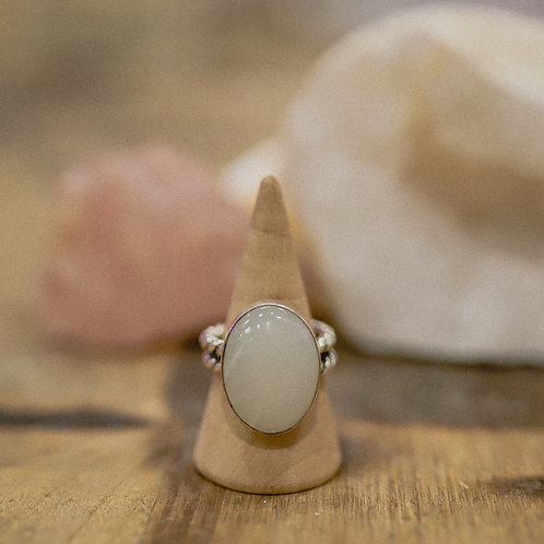 silver moonstone ring 6.75
