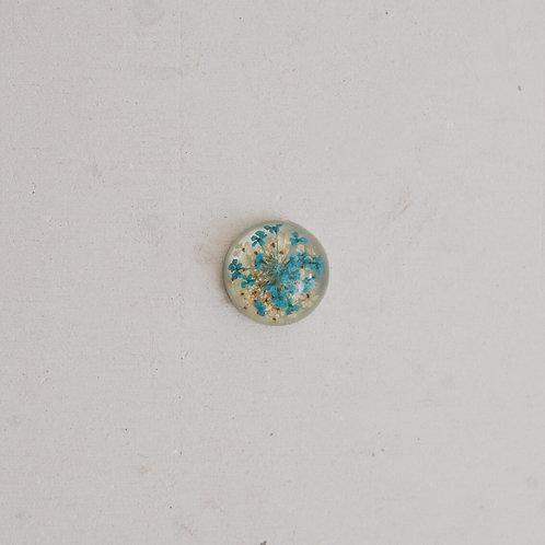 silver medium resin blue and white flower gem