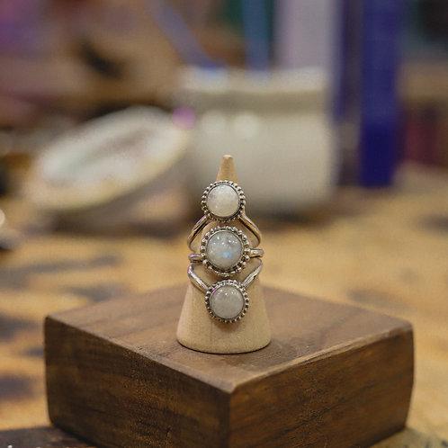 silver rainbow moonstone ring 7