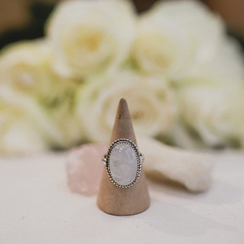 silver rainbow moonstone ring 5.25