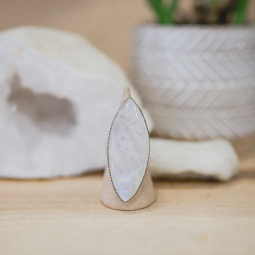 silver rainbow moonstone ring 6.5