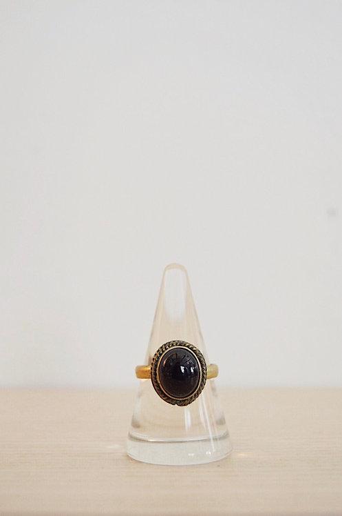 brass // obsidian // 9