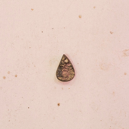 silver // raw hematite