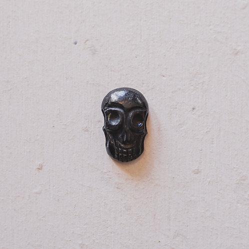 silver obsidian skull gem