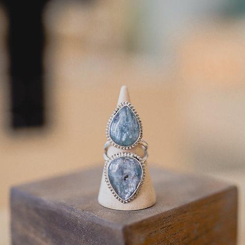 silver kyanite ring 6.25