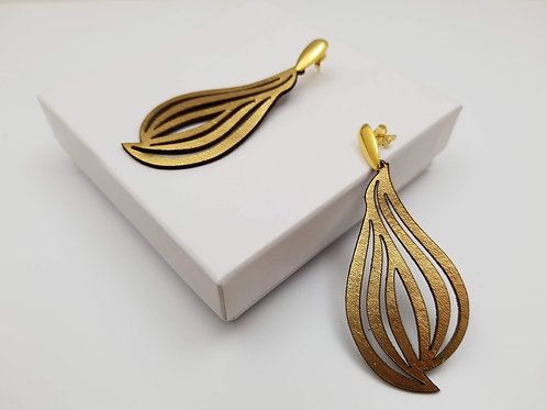 Gold Beatriz leather earring