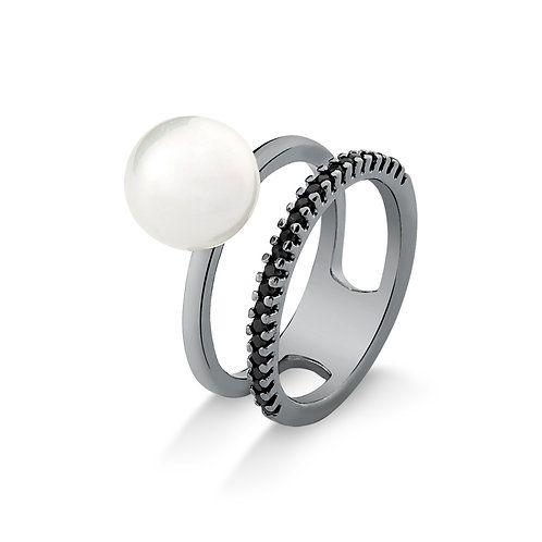 Pearl and Black Rhodium ring