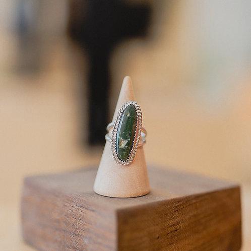 silver raw green gem ring 4.75