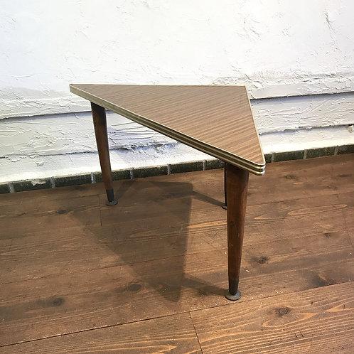 ミニ三角テーブル