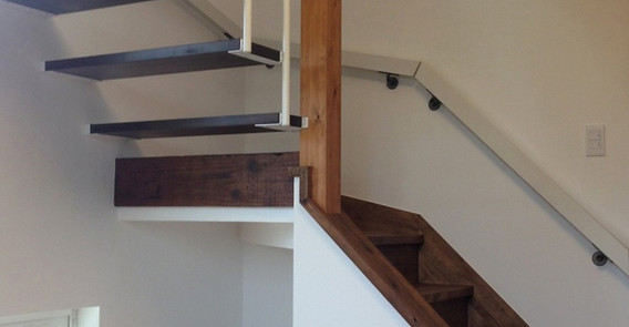 06 階段室