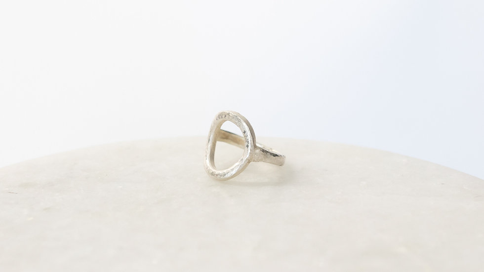 Speckled Circle Ring