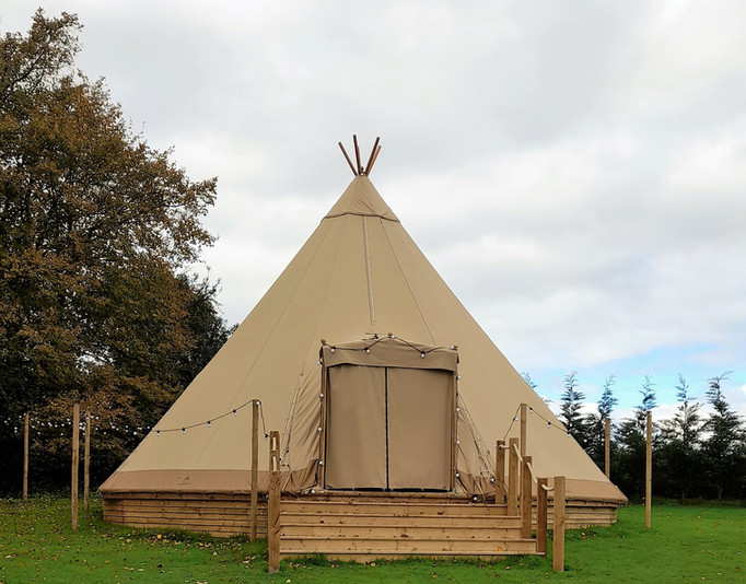 Tipi on Rasied Deck