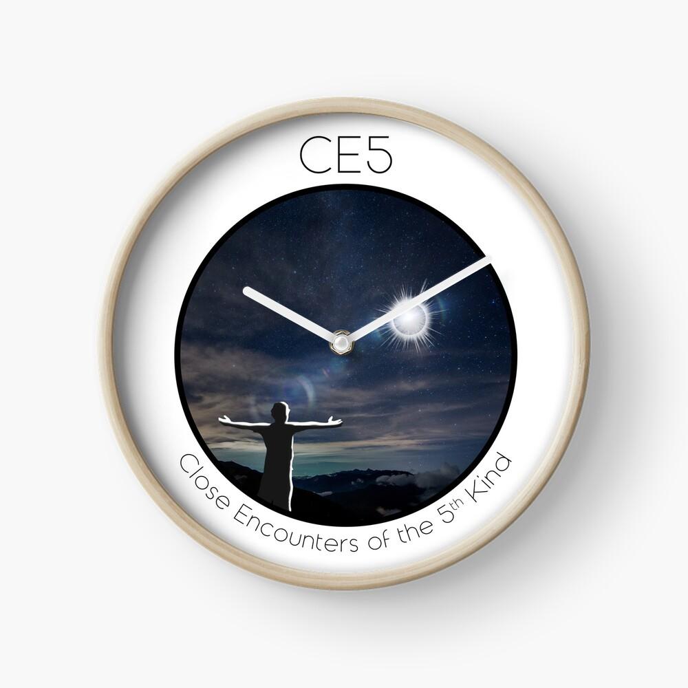 CE5 Circle Clock