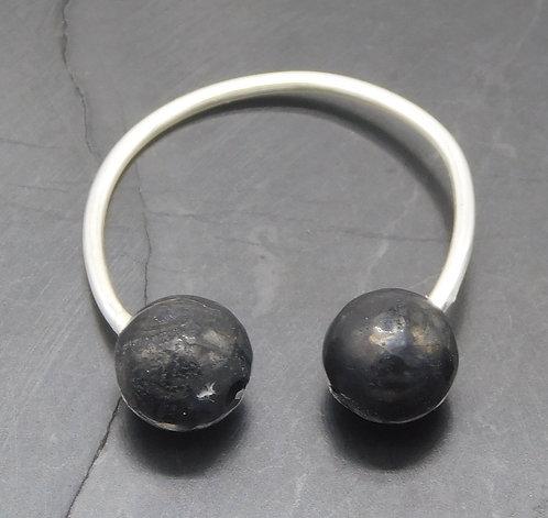 6mm Shungite & Sterling Silver Ear Cuff