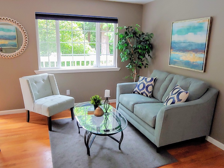 Port Orchard Home Staging Family