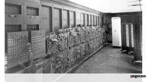 Essa é a foto do primeiro computador eletrônico do mundo