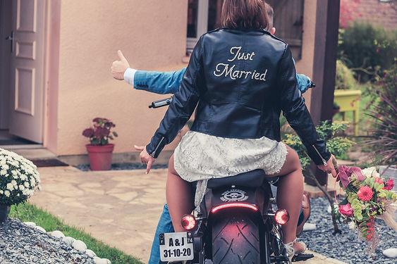 Mariage rock harley moto