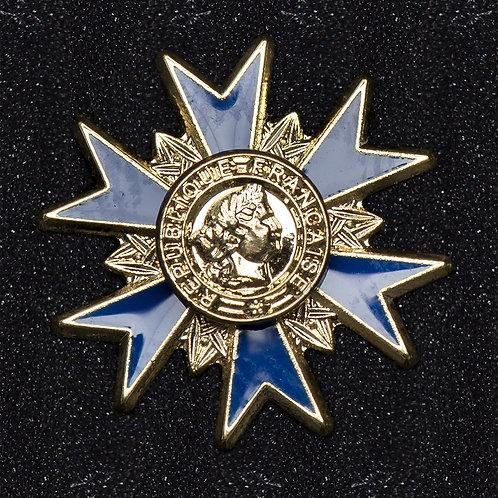 Pin's Boutonnière officier