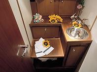 1999-S40-restroom-left-L.jpg