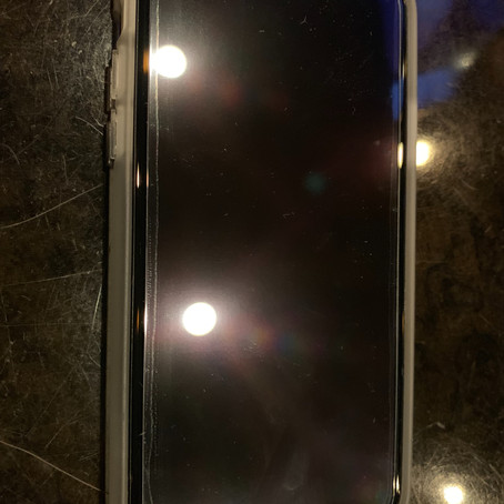 【東心斎橋】iPhoneXの画面割れ修理