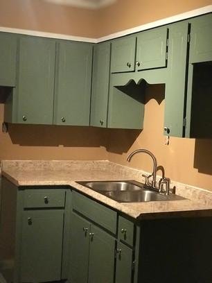 Unit 7 Kitchen 2.jpg