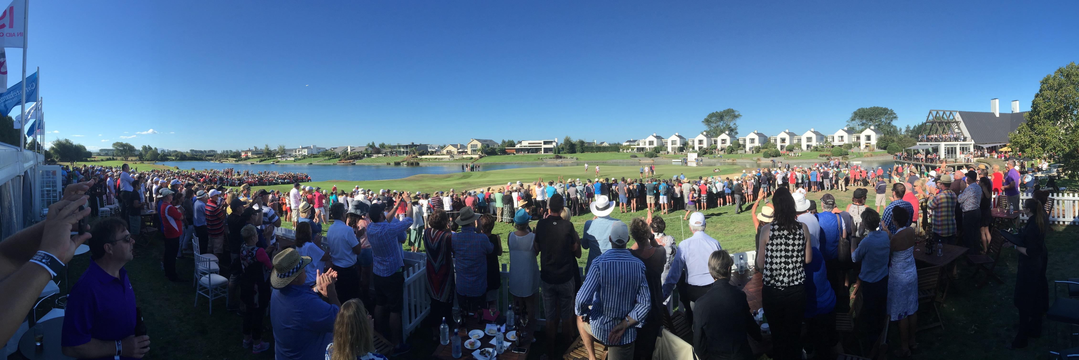2015 NZWO - Final Hole crowd
