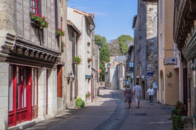 la cité de Saint Loup Lamairé