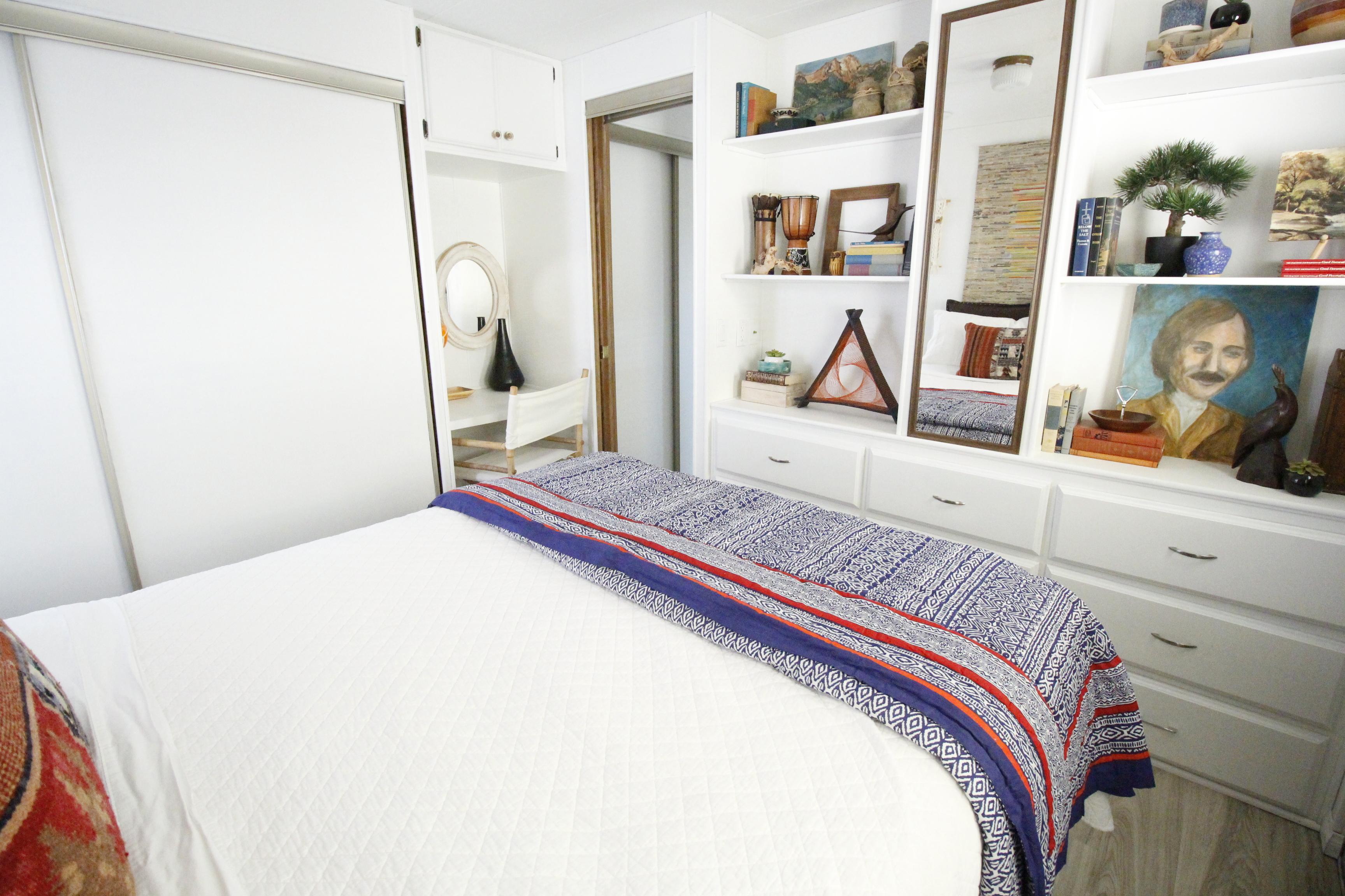Urban Pod bedroom