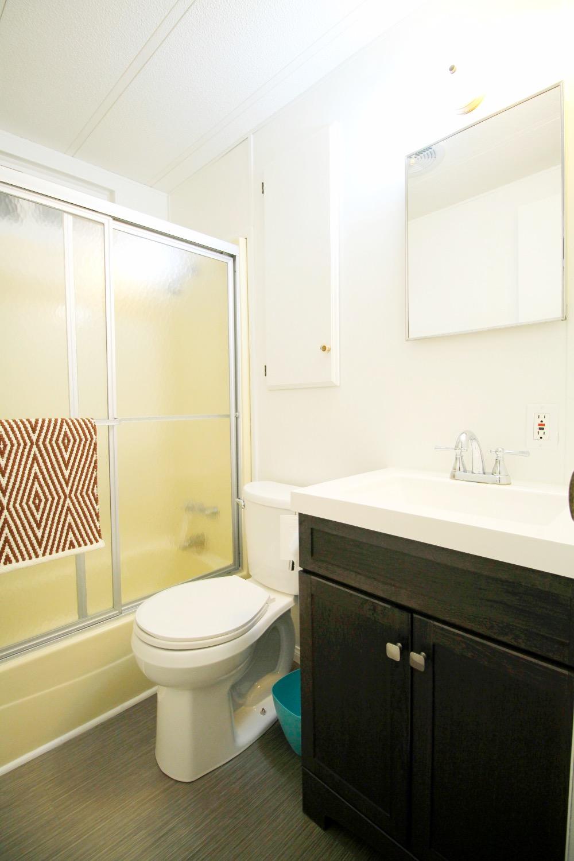 Urban Pod Full Bathroom