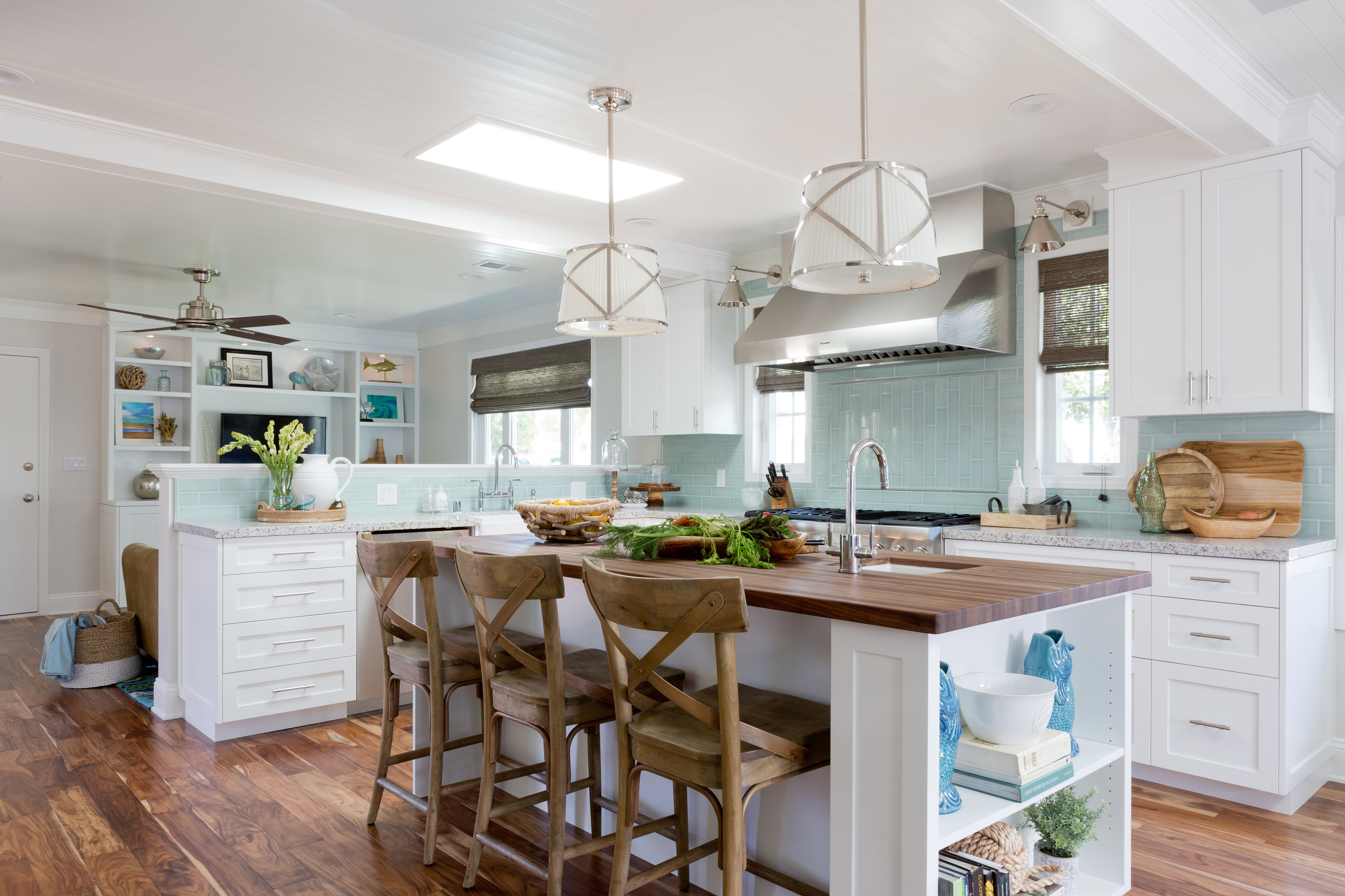 Sisters Interior Designer General Contractor In Los Angeles Manhattan Beach Kitchen
