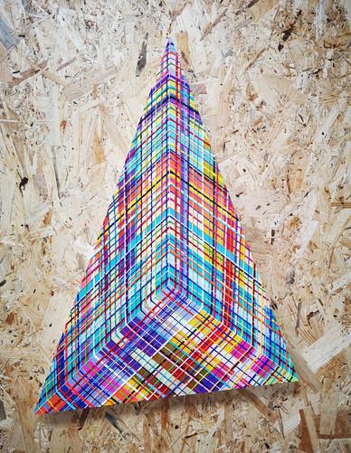 Corner or pyramid