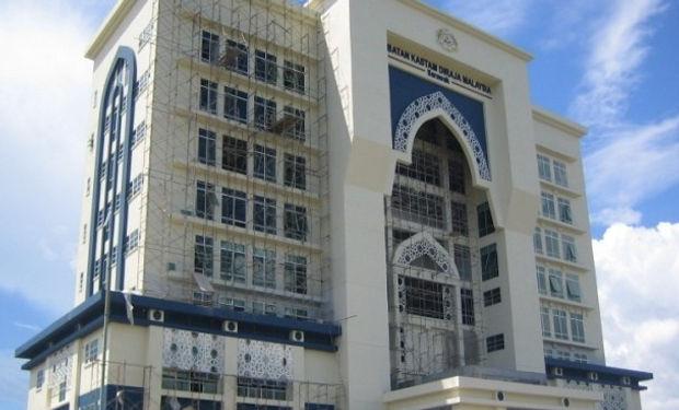Royal Custom HQ.jpg