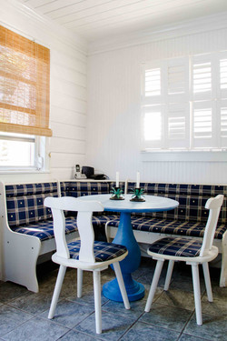 Conch Pearl - Eat-In Dining Area