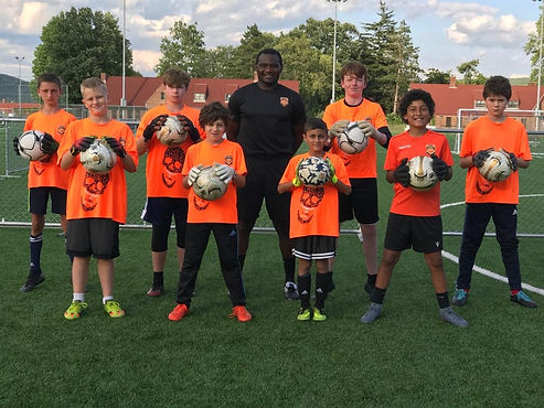 Eric Yapi Goalkeeper Clinic Group Pictur