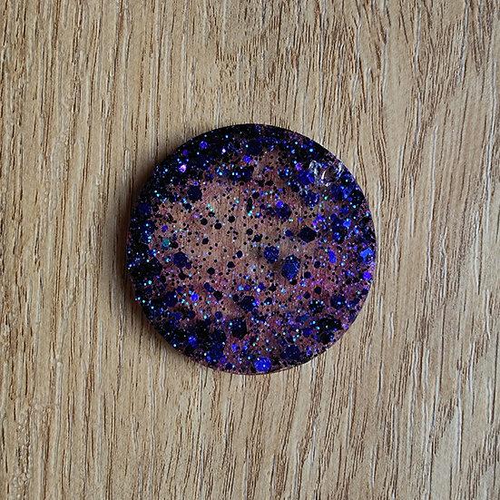 rare - round (size small)