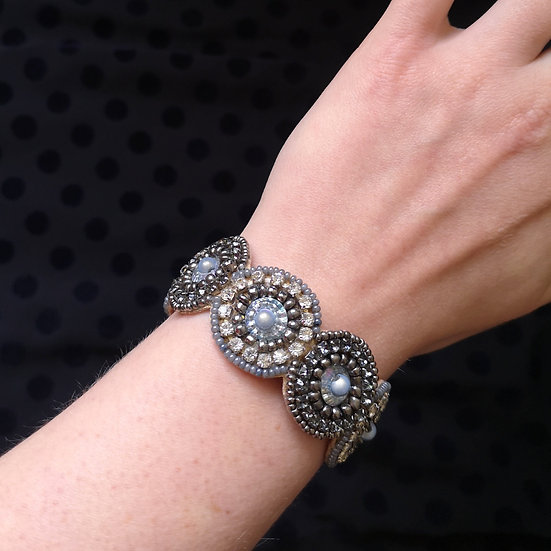 MY DORIS Circle Beaded Bracelet
