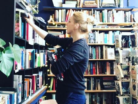 2021 Refresh: Reading with The Raven Bookshop