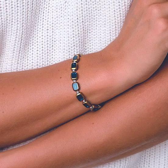 CARRIE ELSPETH Golden Edges Bracelet
