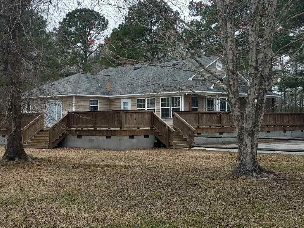 Bunk House Back 40