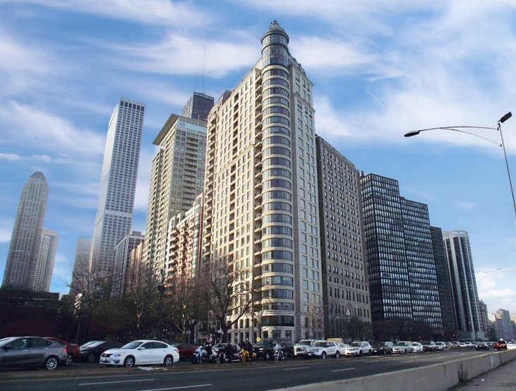 840 LAKE SHORE DRIVE - CHICAGO