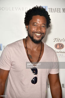 actor-ron-robinson-attend-the-party-for-