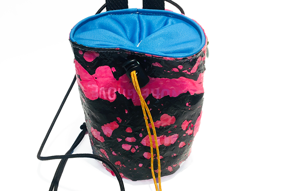 Fuchsia I- Magneto chalk bag