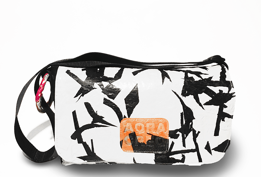 Japanese scrabble - Mensajero bag