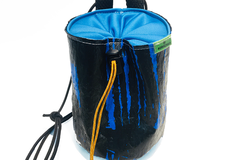 Blue Matrix - Magneto chalk bag